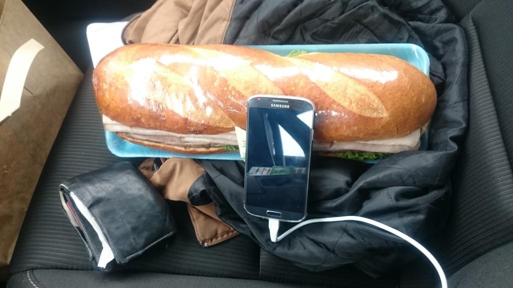 ein kleines Sandwich als Zwischendurchsnack