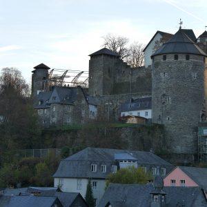 Monschau, Burg, Stahlträger, trutzig
